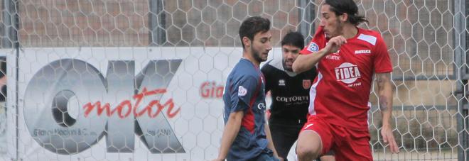 Mario Titone, 28 anni, domenica scorsa durante Jesina-Matelica finita 3-1 per gli ospiti