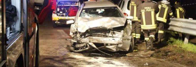 L'auto della famiglia poco dopo lo schianto (Photojournalist)