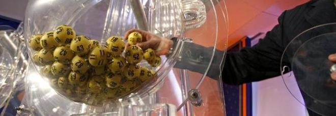 Lotto, estrazioni del 20 aprile. Superenalotto, nessun 6: due 5 vincono 80mila euro