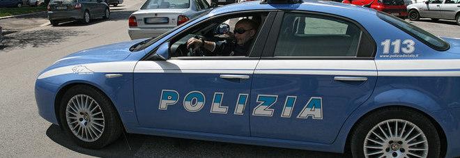 Roma. Tenta di strangolare figlio di 9 mesi, picchia la moglie e altri tre bambini: arrestato per tentato omicidio