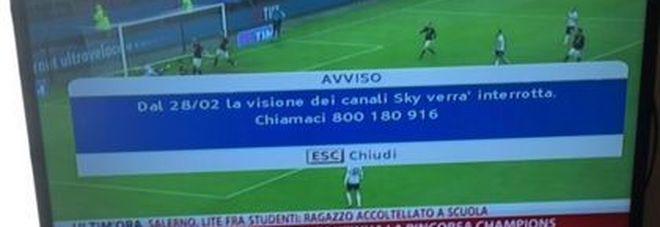 """""""Sky verrà interrotta il 28/02"""", è giallo. L'emittente: """"Un errore"""" -Foto"""