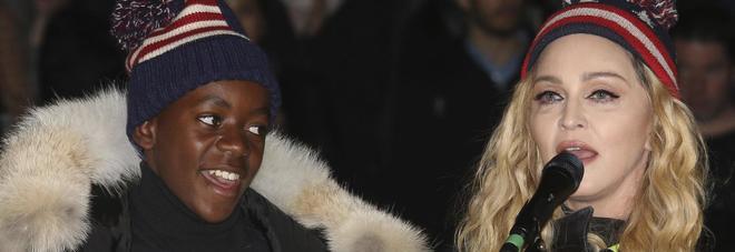 Il figlio di Madonna va a giocare nel Benfica. E la popstar trasloca: vivrà in Portogallo