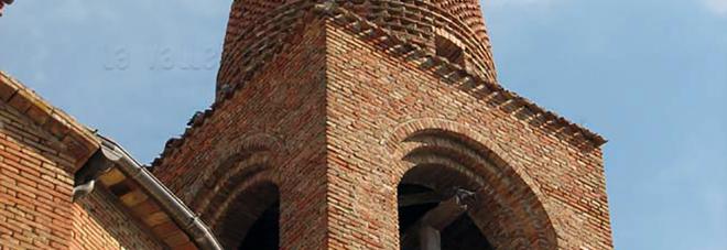 Partono lavori in urgenza per sistemare il campanile lesionato dal terremoto