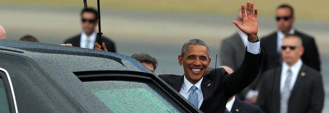 Obama atterra a Cuba, è il primo presidente Usa dopo 88 anni -FOTO