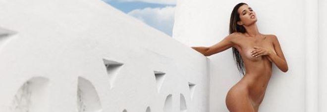 Malena Costa completamente nuda su Instagram: la moglie del calciatore Mario Suarez è hot -Foto