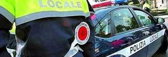 Guida ubriaco, senza patente né assicurazione: 6000 euro di multa