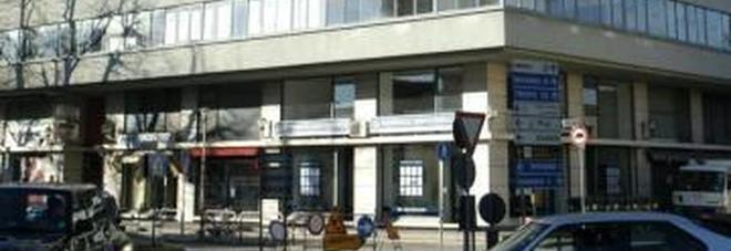 Tagliato il gas: 60 famiglie al gelo  «Avevano 5mila euro di debito»