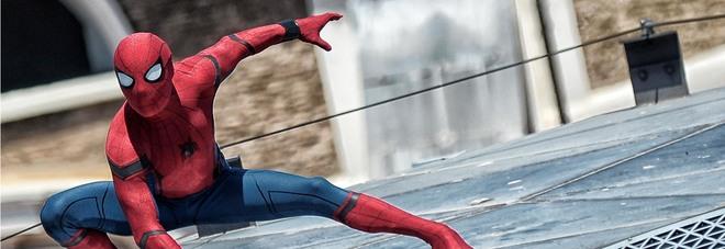 Ecco Spiderman sui tetti di Roma  in arrivo il nuovo film sul supereroe