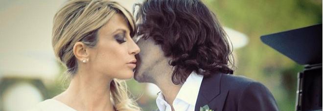 Maddalena Corvaglia e Stef Burns si separano: «Non ci riconosciamo più»