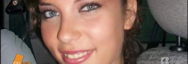 Valentina, impiccata a 19 anni: rinviato a giudizio l'amante
