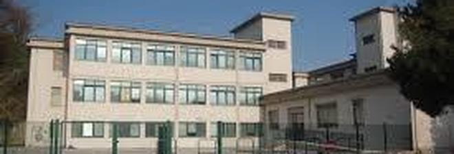 Porto Sant'Elpidio, si rompe un tubo Allagato il terzo piano della scuola