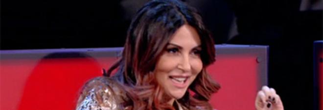 """Amici perde pezzi, Sabrina Ferilli lascia il talent: """"Un solo nome certo nel cast"""""""