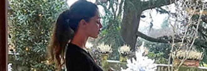 Belen Rodriguez e Andrea Iannone, fuga d'amore nel resort di lusso