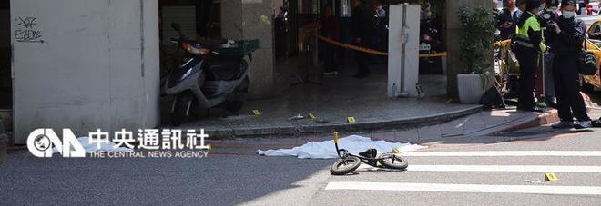 Bimba di 4 anni decapitata sotto gli occhi della madre: stavano andando a prendere la metro