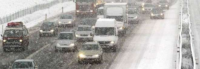 Maltempo: scatta l'allerta per neve a basse quote e piogge al Centro-Nord