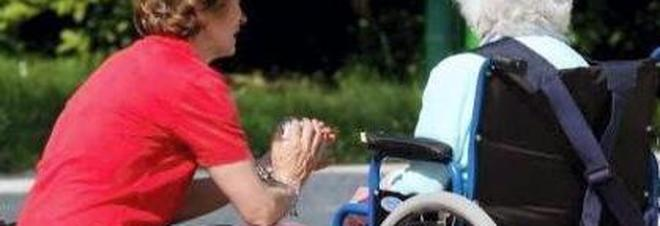 Assiste per anni l'anziana madre,  poi chiede ai fratelli 100mila euro