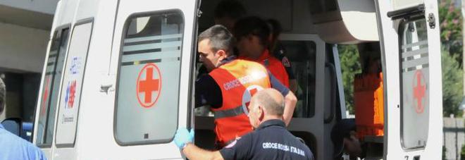 Montegiorgio, frontale sulla provinciale Due persone finiscono all'ospedale
