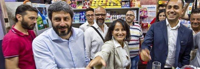 Da destra Luigi Di Maio, Rosa Capuozzo, Roberto Fico e Giovanni De Robbio