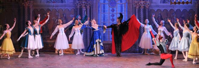 """Il Royal Ballet of Mosow a Fabriano con la magia de """"Il lago dei cigni"""""""