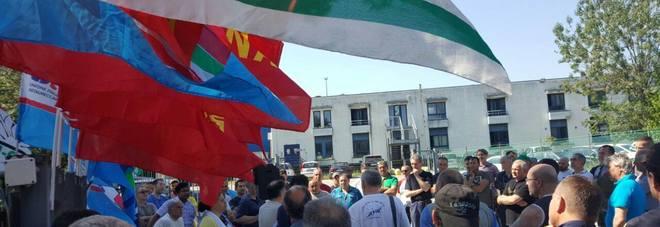 Ragaini, venerdì la terza giornata di sciopero: presidio in Prefettura