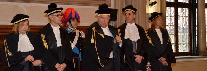 L'inaugurazione dell'anno giudiziario della Corte dei Conti: al centro il procuratore Scarano