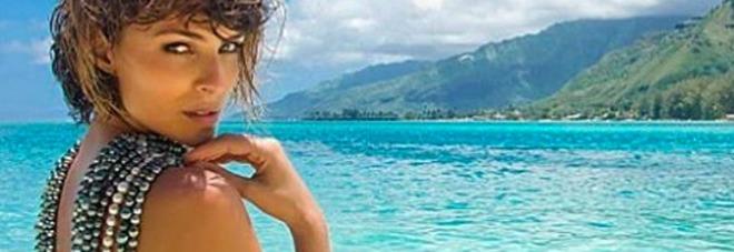 Cristina Chiabotto, nudo integrale durante la vacanza in Polinesia