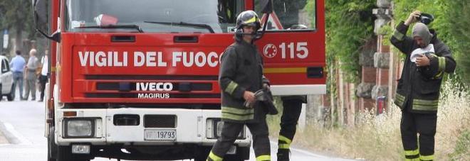 Montegranaro, un'auto in fiamme Si indaga sulle cause, è giallo