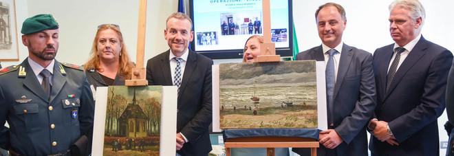 Furto Van Gogh, condannati i boss «Le due tele presto a Capodimonte»