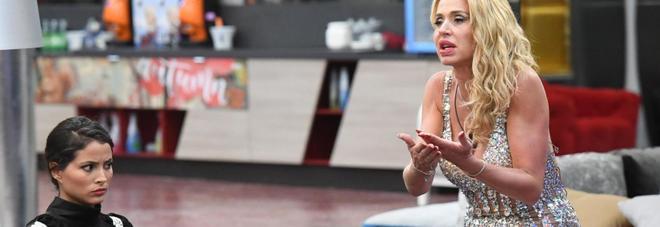 Bettarini: «Mi piace Mariana» La Marini: «Prendilo, è tutto tuo»
