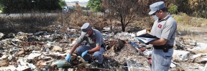 Montelabbate, sequestrata discarica abusiva: si bruciavano rifiuti tossici
