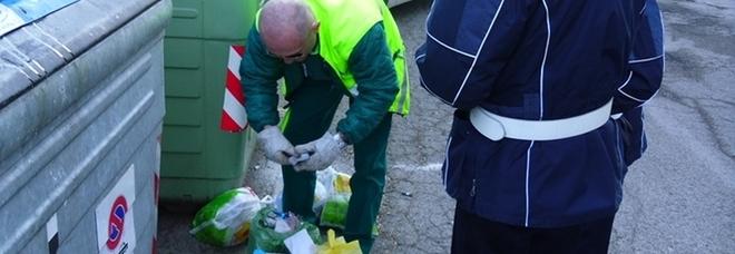 P.S.Elpidio, finte addette alla raccolta dei rifiuti rubano oro in una abitazione