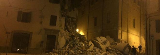 Scossa di terremoto magnitudo 5.9 La terra trema ancora, un morto nelle Marche
