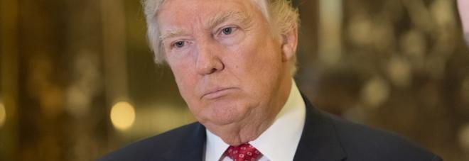 Trump, la Cnn: «I russi avevano  materiale compromettente su di lui»