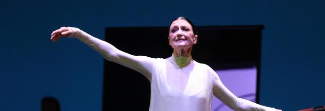 Per Carla Fracci standing ovation al San Carlo | Fotogallery