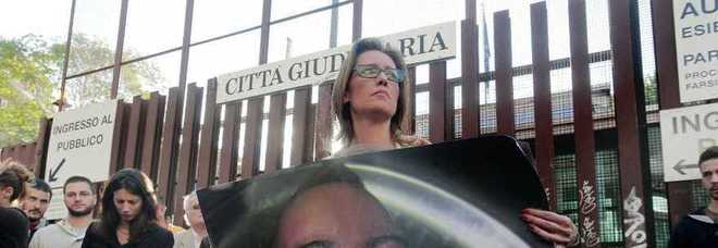 """Cucchi, il carabiniere intercettato: """"Se mi cacciano vado a fare rapine"""" -Foto"""
