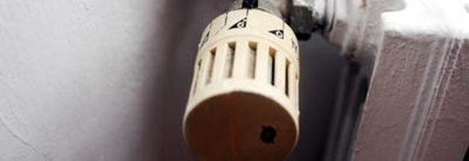 Valvole termostatiche ai termosifoni nei condomini, è arrivata la proroga