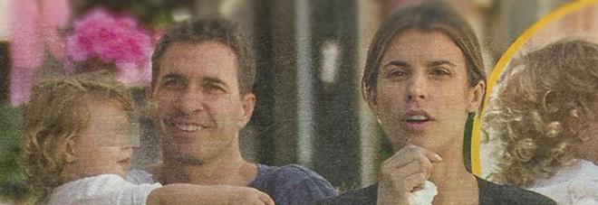 Elisabetta Canalis, relax col marito e cambio di pannolino a Skyler Eva