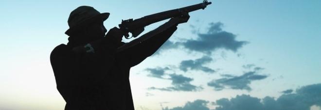 Vietatissimo disturbare cacciatori  e pescatori: multe fino a 3600 euro