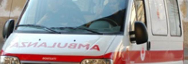 Si sente male a Cagli, l'ambulanza viene da Urbania: «Attesi 40 minuti»
