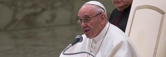 Il Papa: «Attenti ai truffatori che vendono biglietti per le udienze: sono gratuiti»