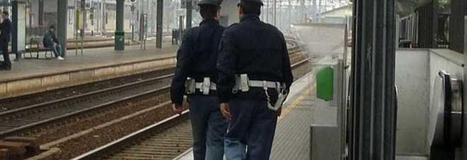 Furto e danneggiamento alla stazione Denunciato un giovane di 26 anni