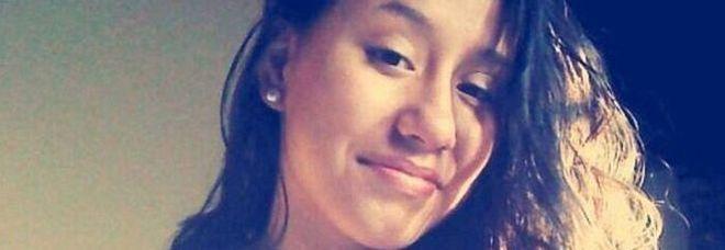 A 15 anni uccide la madre e il compagno che da tempo abusavano di lei -Foto