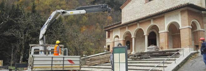 Chiesa provvisoria in arrivo Una second life per l'Ambro Domani la conferenza dei servizi