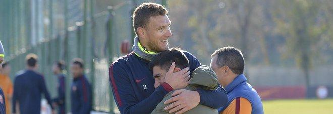 Roma, Dzeko alla ricerca del gol in trasferta. A Trigoria si rivede Pizarro Foto