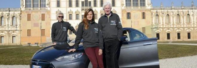Il giro del mondo in 80 giorni  con l'auto elettrica del conte