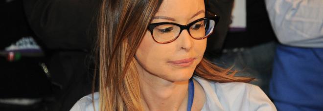 Gessica sfregiata con l'acido dall'ex, Lucia Annibali «Ora devi essere forte»