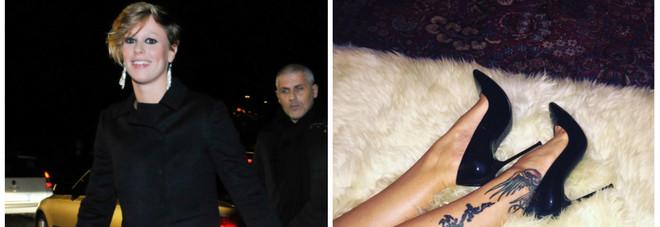 Pellegrini sexy, posta foto con tacco a spillo: «La bellezza di esser donne»
