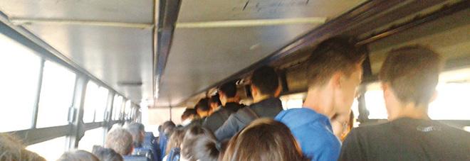 Senza stipendio da sei mesi: stop alle pulizie sui bus Fse