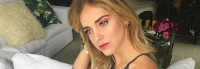 Chiara Ferragni hot, su Instagram la foto senza reggiseno fa impazzire i fan -Guarda