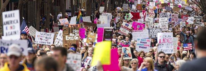 Marcia delle donne anti-Trump A Washington 500mila in piazza